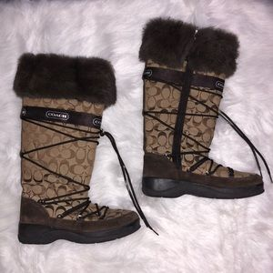 COACH - Chocolate winter boots